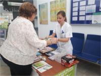Los hospitales de la Agencia Sanitaria Alto Guadalquivir promocionan una vida saludable sin tabaco en la