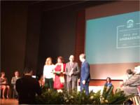 La Junta de Andalucía entrega la Bandera de Andalucía 2019 a profesionales del Hospital Alto Guadalquivir