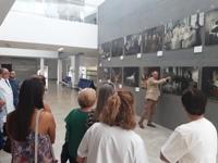 El Hospital de Alta Resolución de Alcalá La Real acoge en su vestíbulo la exposición