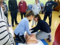 Profesionales del Hospital de Alcalá la Real imparten dos talleres de resucitación cardiopulmonar y primeros auxilios
