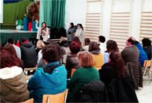 El Hospital de Alcalá la Real enseña a los docentes del CEIP José Garnica Salazar a manejar la diabetes y la epilepsia